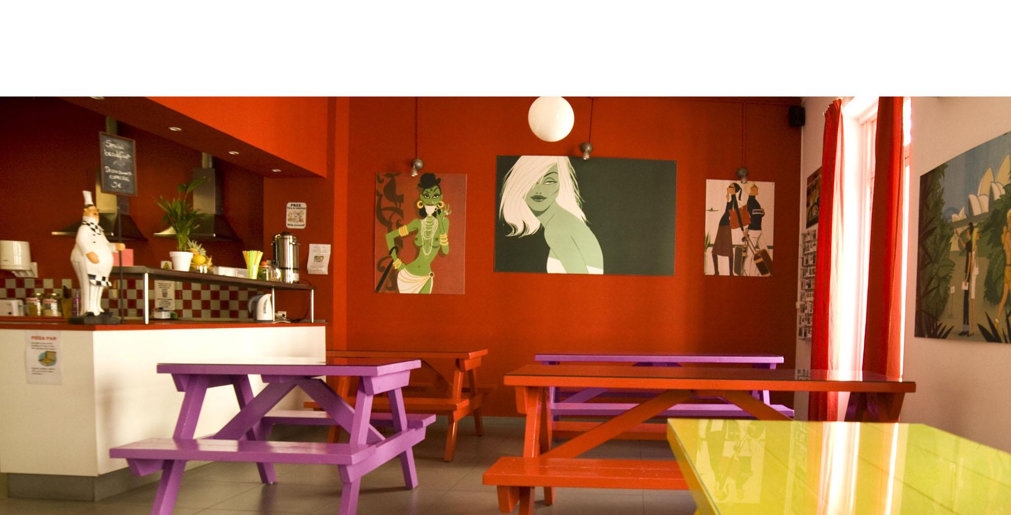 Valencia Lounge Hostel : Hostel valencia red nestnest hostels valencia
